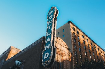 The_Portland_Sign_(Unsplash)